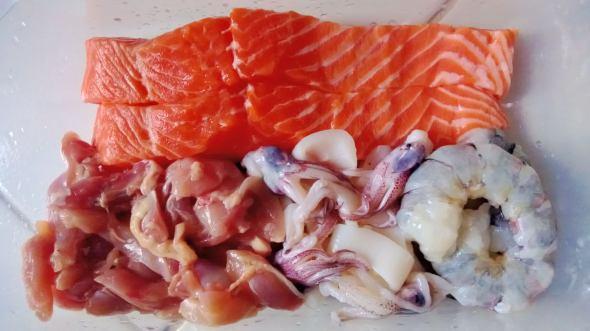Salmon Fillet, Udang, Cumi, Ayam Fillet